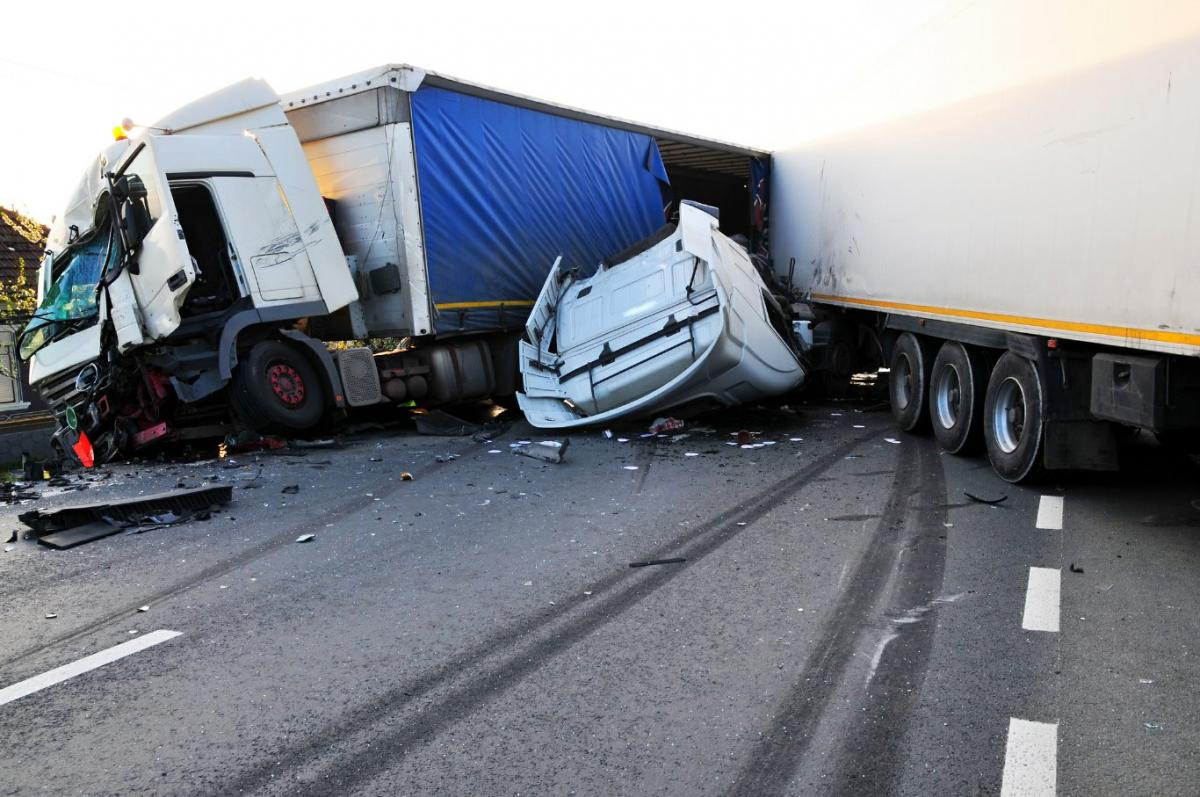 Truck Accident Lawyer Glenview, IL